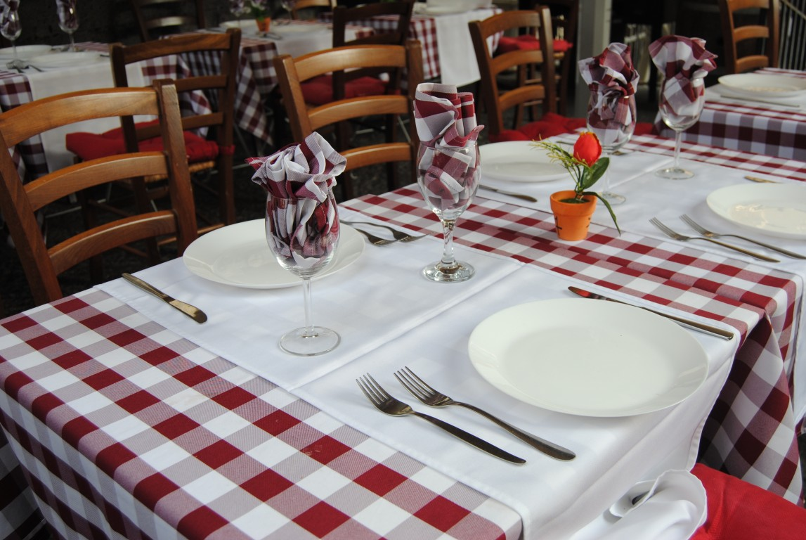 Table Cloth Decorative Plastic Pvc Manufacturer With